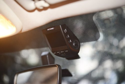 Discreet Dashboard Camera - Discreet dashcam with accident detection, and loop recording, makes sure you have evidence on your side in the case of accidents