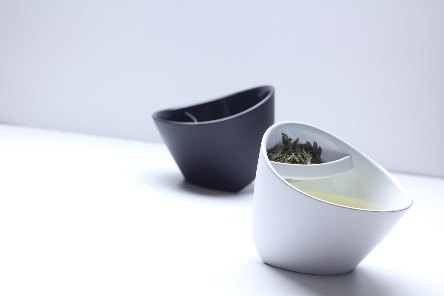 Magisso Tea Cup - Ingenious tipping tea cup for loose leaf tea