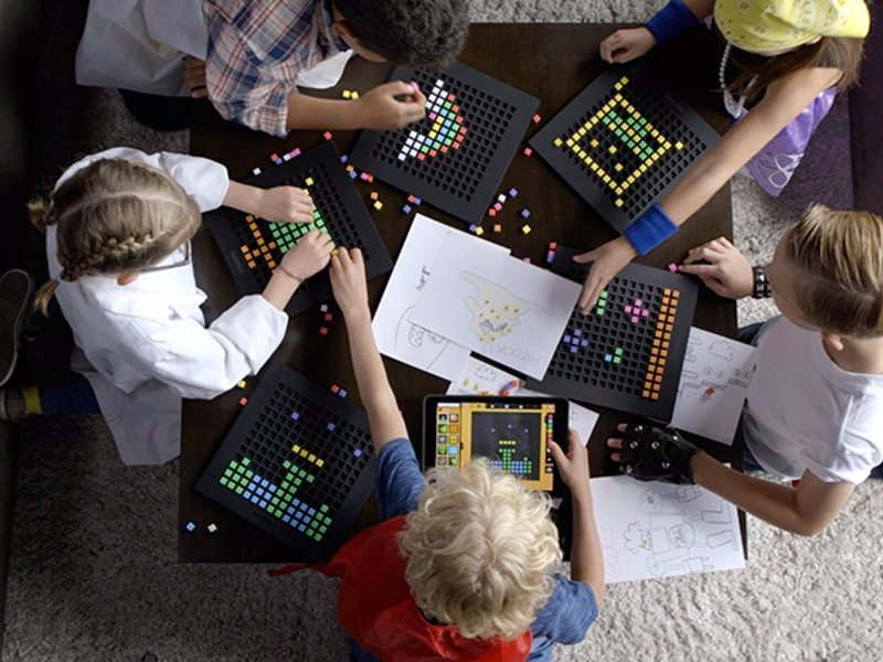 Bloxels Video Game Designer - Help your kids create their own video games using a combination of physical bloxels tools and app