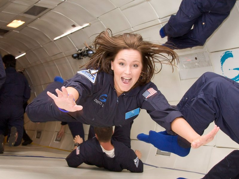 Experience Zero Gravity Weightlessness - Float like an astronaut and in weightless zero gravity -  the ultimate gift experience for a space or science fan