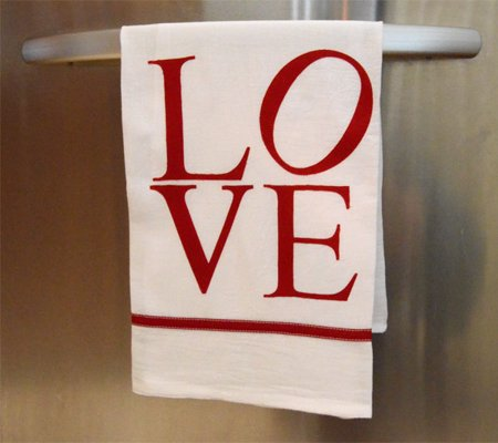 LOVE Kitchen Towel - Make a kitchen towel with the famous LOVE icon for the special baker in your life, with this easy guide