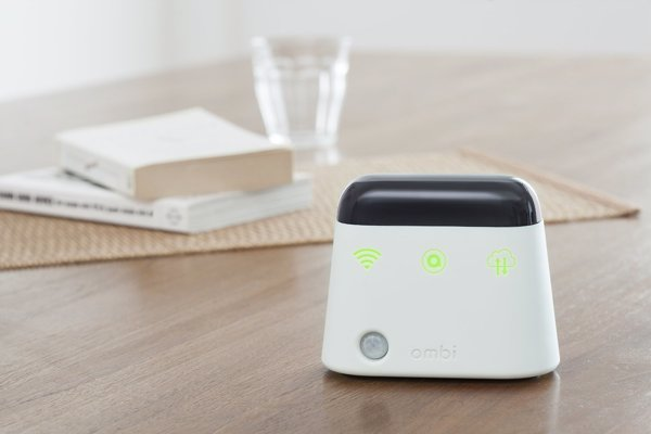 Ambi Climate Smart Control For Remote-Controlled AC - A smart add-on for your existing air conditioner - learns your preferences and saves you money