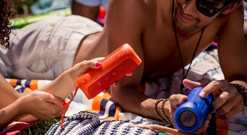 JBL Flip 3 Splash Proof Portable Bluetooth Speaker - Powerful portable speaker perfect for the beach, the pool or hanging out with friends anywhere