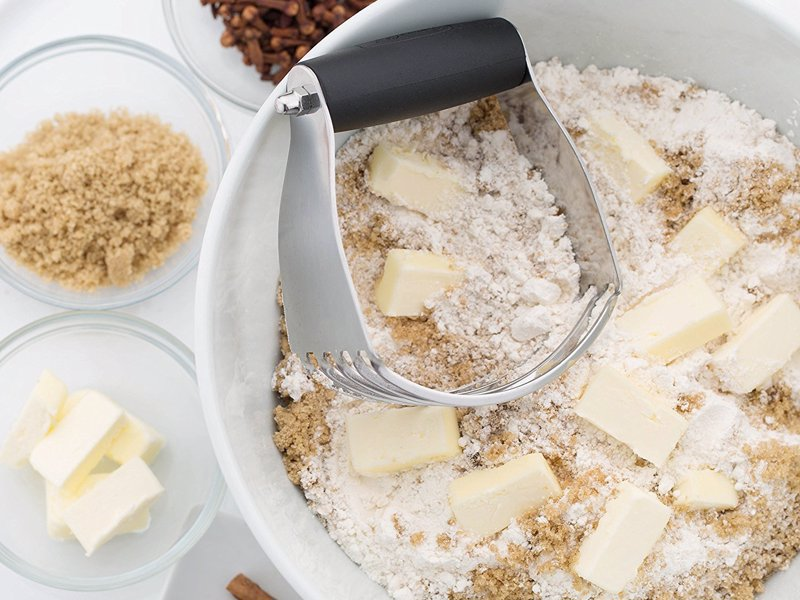 5 Blade Pastry Blender - Get ready for better texture and taste from all of your baked goods. Make flakier and fluffier biscuits, pie crust, pizza dough, scones...