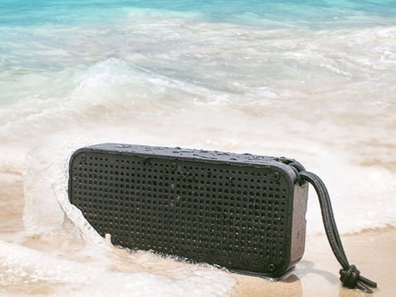 Anker Soundcore Sport Xl Waterproof Bluetooth Speaker Take The Party To Beach Pool