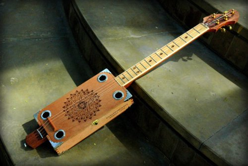 Handmade Cigar Box Guitars - A fun and unique addition to any guitar player's collection