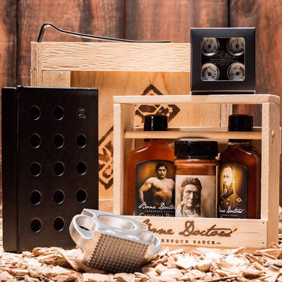 BBQ & Grilling Gift Crate - Smoker, accessories and sauces for the grill fanatic