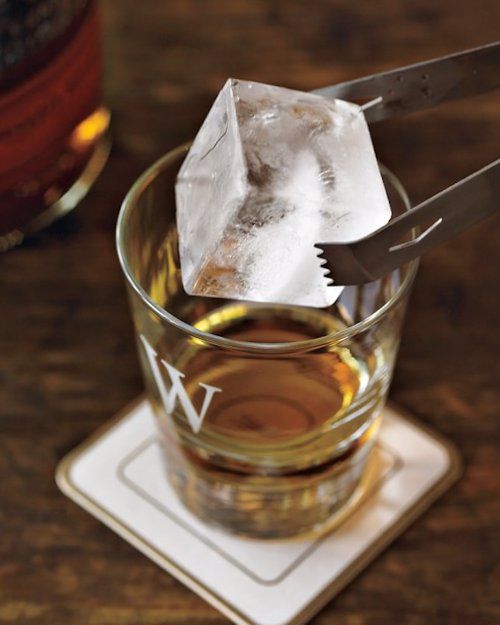 Arctic Chill Large Ice Cube Tray - The king of all ice cube molds, slow melting cube that wont dilute your drink