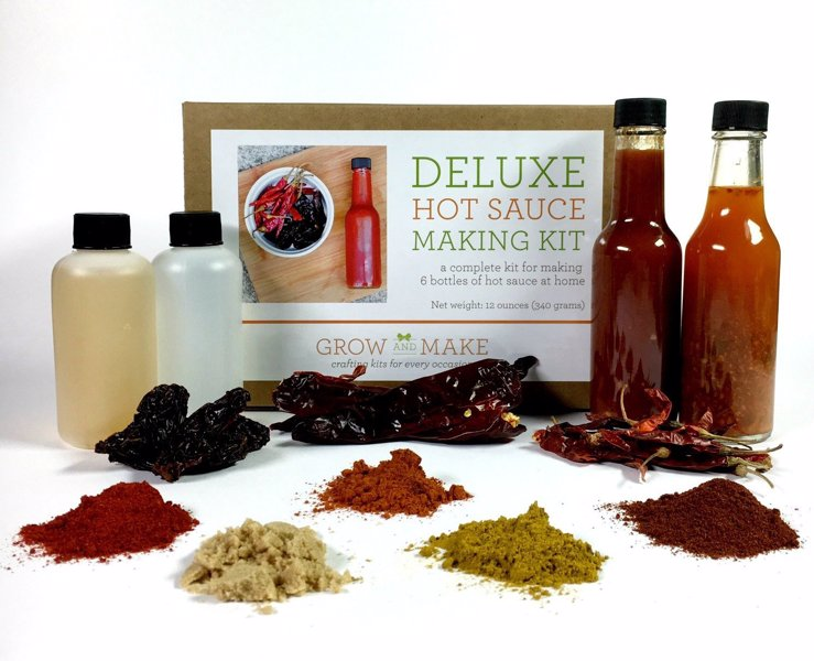 Deluxe Hot Sauce Making Kit - Everything needed to make 6 amazing sauces, from Louisiana hot sauce to a smoky Chipotle