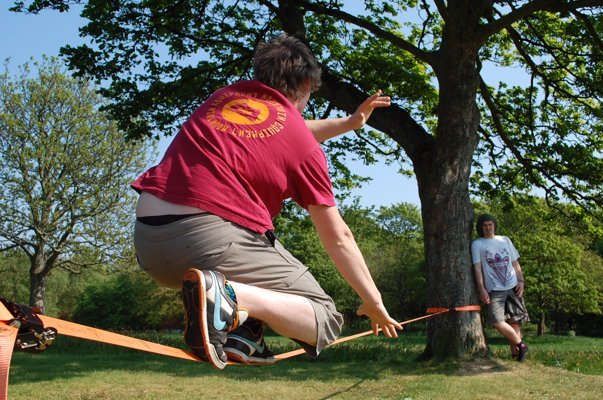 Slackline Kit - Have fun challenging your balance and core strength with a slackline