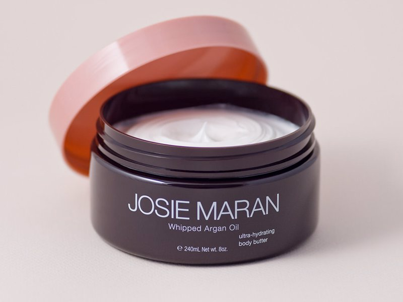 Josie Maran Luxurious Body Moisturiser - Intensely hydrating, non-greasy and luxurious body butter that smells delicious