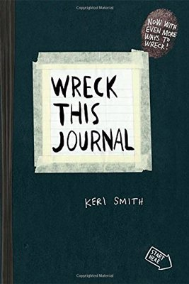 Wreck This Journal - Keri Smith - The internationally bestselling journal featuring a collection of prompts to explore creativity