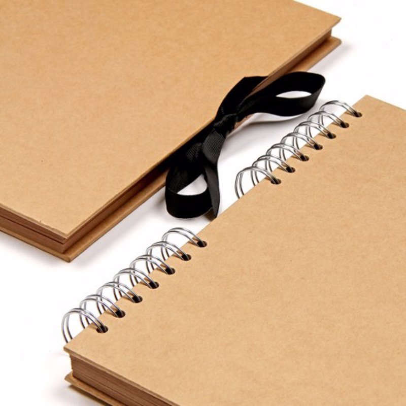 Kraft square scrapbook - A versatile blank canvas to use for photos, artwork, keepsakes and more